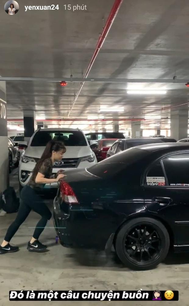 Mặc Văn Lâm ngăn cản, Yến Xuân vẫn chơi dại dùng tay không đẩy ô tô rồi nhận cái kết đắng - Ảnh 2.