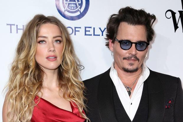 Amber Heard và Johnny Depp: Cuộc hôn nhân phim giả tình thật biến thành drama bạo hành, đào mỏ không hồi kết - Ảnh 10.