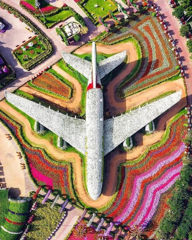"""Loạt ảnh chụp từ trên cao chứng minh Dubai là """"vùng đất đến từ hành tinh khác"""", thật hiếm nơi nào trên thế giới sánh bằng - Ảnh 16."""