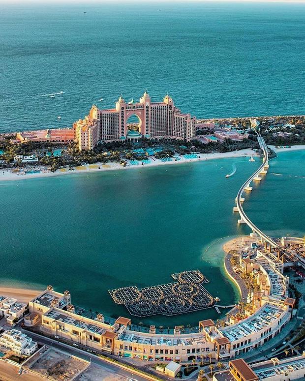 """Loạt ảnh chụp từ trên cao chứng minh Dubai là """"vùng đất đến từ hành tinh khác"""", thật hiếm nơi nào trên thế giới sánh bằng - Ảnh 20."""