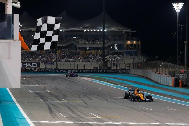 Giải đua xe F1 lần đầu tiên trong lịch sử phải làm điều không mong muốn vì dịch Covid-19 - Ảnh 2.