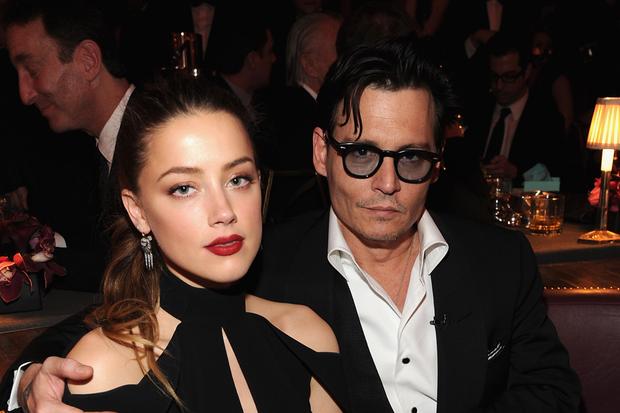 Amber Heard và Johnny Depp: Cuộc hôn nhân phim giả tình thật biến thành drama bạo hành, đào mỏ không hồi kết - Ảnh 14.