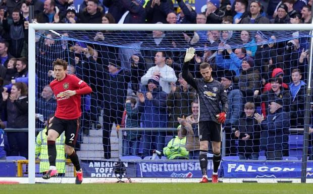 De Gea sai lầm tai hại, Man United suýt toang trước Everton trong trận cầu drama xuất hiện đúng phút cuối cùng - Ảnh 1.