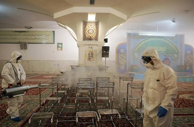 Iran sẽ phải xét nghiệm hàng chục nghìn người nghi nhiễm COVID-19 - Ảnh 1.