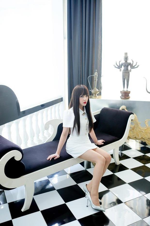 Vừa đăng loạt ảnh giả gái Duy Khánh lại nhận cơn mưa lời khen, còn được ví với Min và Lisa nổi tiếng xứ Hàn - Ảnh 6.