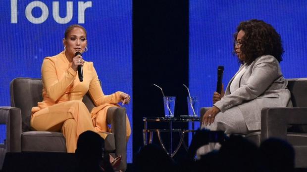 Jennifer Lopez thất vọng vì không được đề cử Oscar cho vai diễn vũ công thoát y trong Hustlers - Ảnh 1.