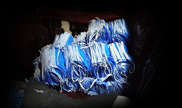 Chủ kho phế liệu chứa 2 tấn khẩu trang cũ ở Sài Gòn khai gì? - Ảnh 2.