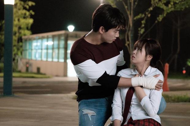 4 ma nữ xinh như mộng của màn ảnh Hàn: Bá đạo nhất vẫn là mẹ ma Kim Tae Hee - Ảnh 11.
