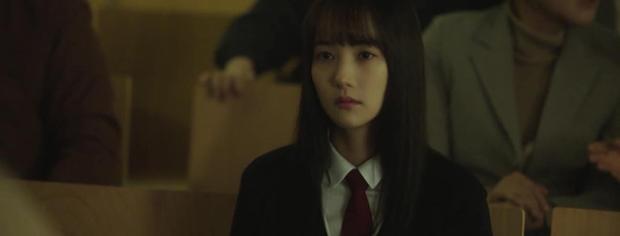 Trời Đẹp Em Sẽ Đến tập 3: Bị cả trường bêu rếu, Park Min Young thời trẻ nghé khô máu đấu tay ba với kẻ bắt nạt - Ảnh 4.