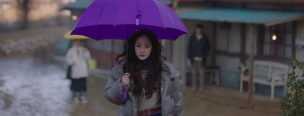 Trời Đẹp Em Sẽ Đến tập 3: Bị cả trường bêu rếu, Park Min Young thời trẻ nghé khô máu đấu tay ba với kẻ bắt nạt - Ảnh 9.