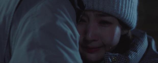 Trời Đẹp Em Sẽ Đến tập 3: Bị cả trường bêu rếu, Park Min Young thời trẻ nghé khô máu đấu tay ba với kẻ bắt nạt - Ảnh 13.