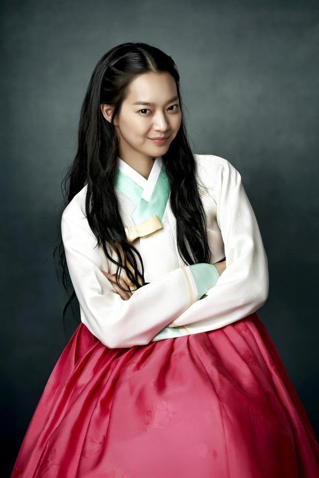 4 ma nữ xinh như mộng của màn ảnh Hàn: Bá đạo nhất vẫn là mẹ ma Kim Tae Hee - Ảnh 14.