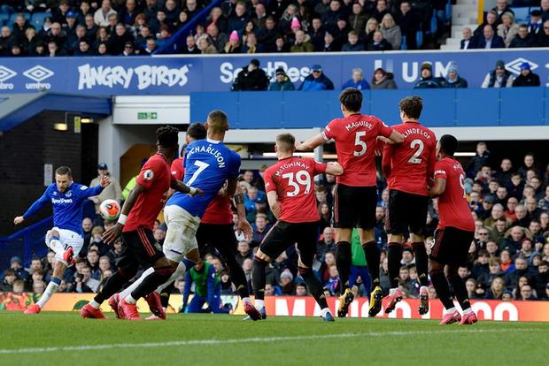 De Gea sai lầm tai hại, Man United suýt toang trước Everton trong trận cầu drama xuất hiện đúng phút cuối cùng - Ảnh 4.