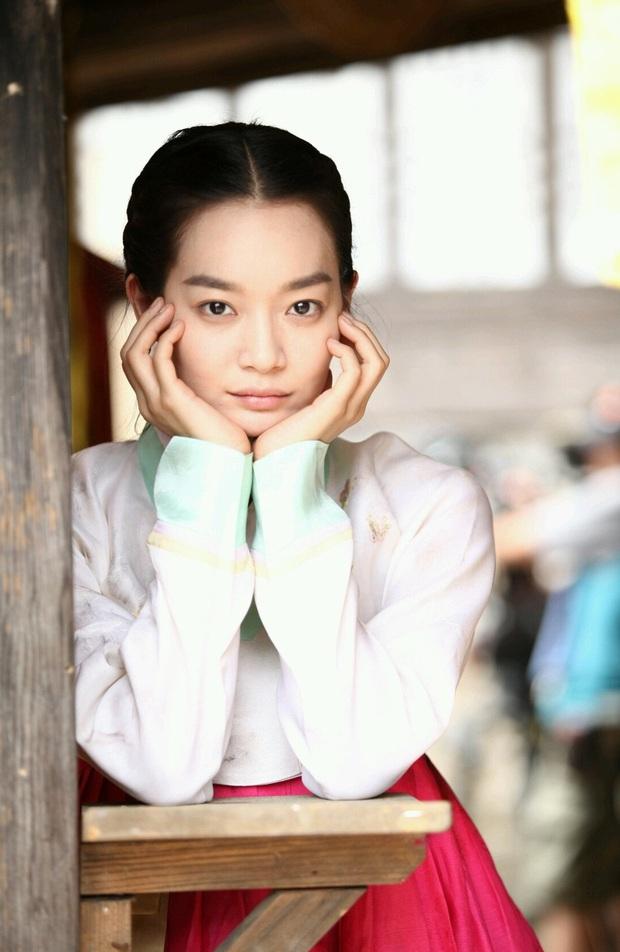 4 ma nữ xinh như mộng của màn ảnh Hàn: Bá đạo nhất vẫn là mẹ ma Kim Tae Hee - Ảnh 15.