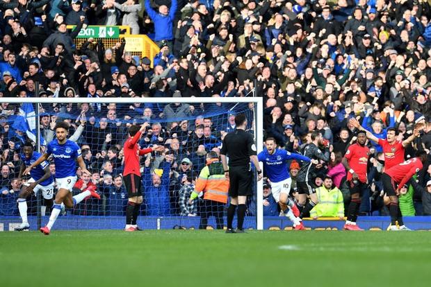 De Gea sai lầm tai hại, Man United suýt toang trước Everton trong trận cầu drama xuất hiện đúng phút cuối cùng - Ảnh 7.