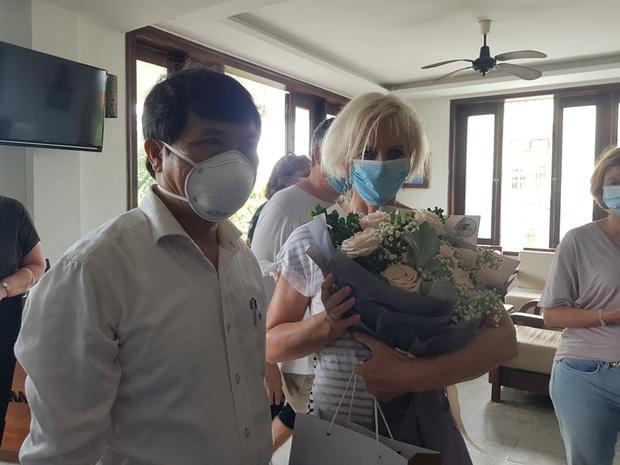 Du khách Ba Lan viết thư khen bánh mì Việt Nam sau 14 ngày cách ly: Cảm ơn đã quan tâm đến chúng tôi trong thời gian cực kỳ khó khăn của dịch COVID-19 - Ảnh 4.