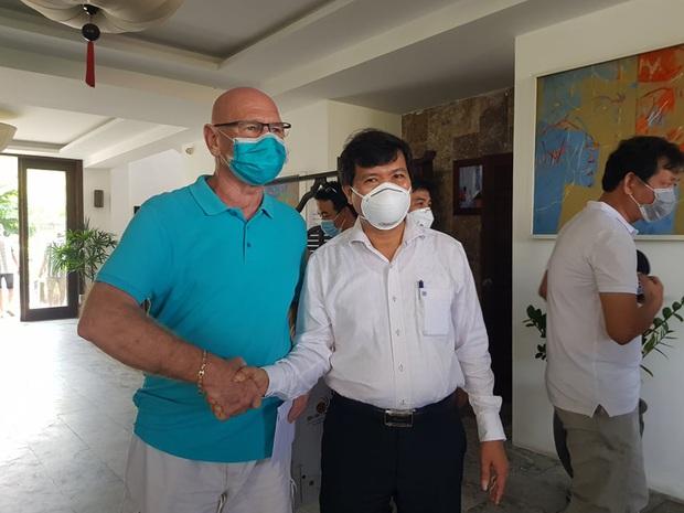 Du khách Ba Lan viết thư khen bánh mì Việt Nam sau 14 ngày cách ly: Cảm ơn đã quan tâm đến chúng tôi trong thời gian cực kỳ khó khăn của dịch COVID-19 - Ảnh 2.
