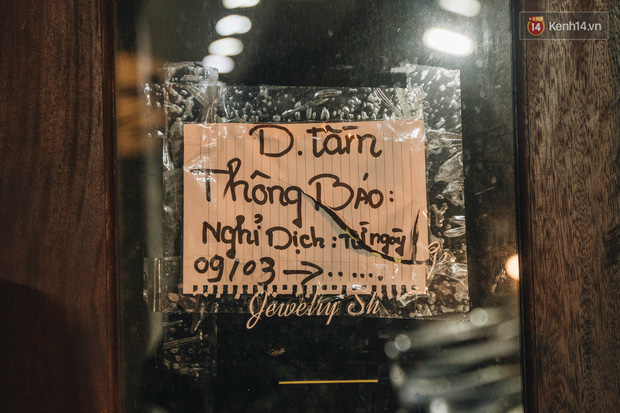 Hưởng ứng lời kêu gọi, hàng loạt hàng quán ở Hà Nội rủ nhau đóng cửa vô thời hạn để chống lại dịch Covid-19 - Ảnh 9.