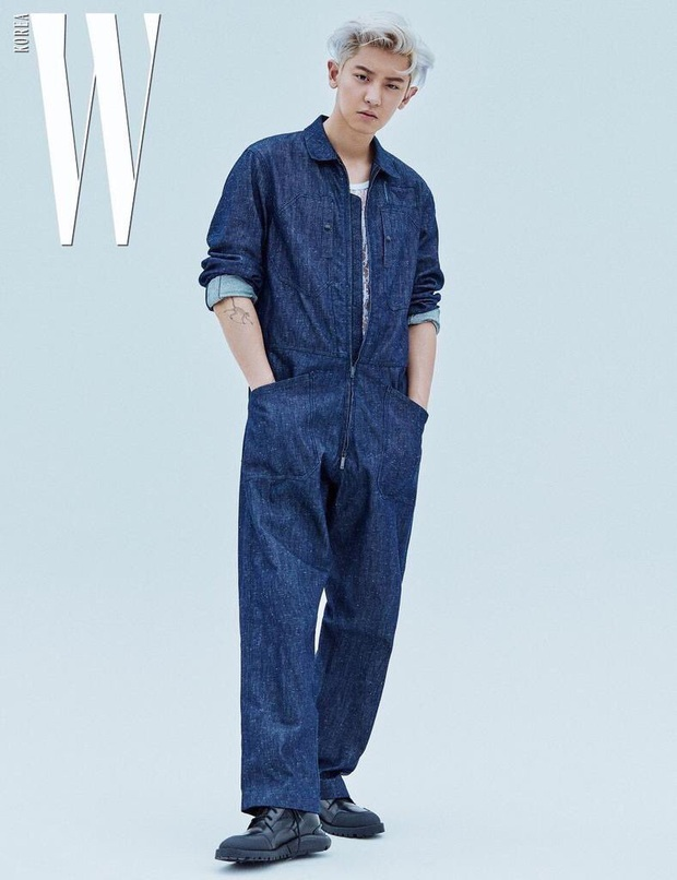 """Để lại kiểu đầu cũ, Chanyeol (EXO) khiến fan """"tá hỏa"""" vì ảnh chụp mới mà y hệt 8 năm trước: Hậu duệ ma cà rồng chăng? - Ảnh 8."""