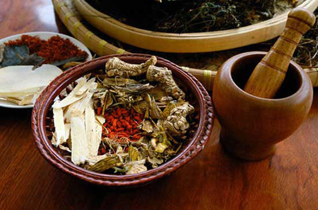 Bộ Y tế hướng dẫn bài thuốc quý trong y học cổ truyền Việt Nam giúp phòng và điều trị bệnh Covid-19 - Ảnh 1.