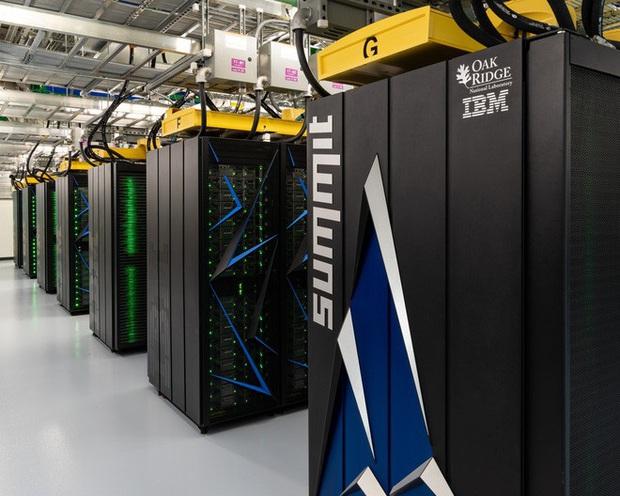 Siêu máy tính mạnh nhất thế giới đã giúp khoa học chống lại dịch Covid-19 như thế nào? - Ảnh 1.