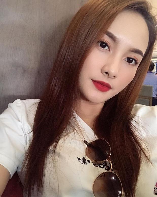 30 tuổi mới thử nghiệm tóc mái thưa, Bảo Thanh được khen trẻ xinh như hot girl dù đã có con trai lớn đùng - Ảnh 1.