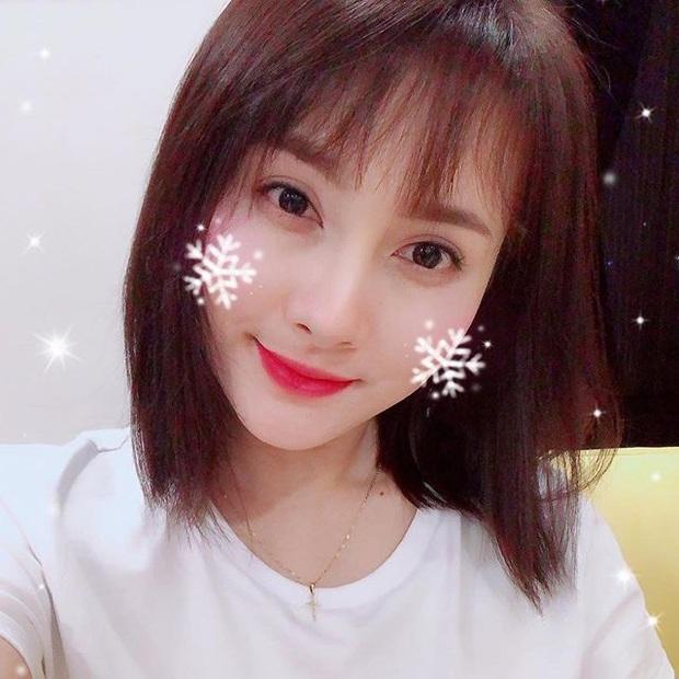 30 tuổi mới thử nghiệm tóc mái thưa, Bảo Thanh được khen trẻ xinh như hot girl dù đã có con trai lớn đùng - Ảnh 4.