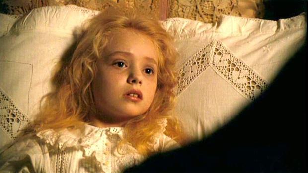 Dàn thiên thần Hollywood có khuôn mặt đẹp vô thực: Con gái Bella - Edward và cô bé xinh nhất thế giới dậy thì ra sao? - Ảnh 26.