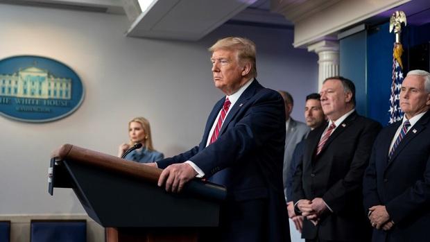 Tổng thống Trump phê chuẩn Tuyên bố tình trạng thảm họa nghiêm trọng ở New York khi có hơn 8.300 cư dân nhiễm Covid-19 - Ảnh 2.
