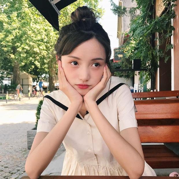 Hot girl Weibo một thời khiến Lisa phấn khích khi đột nhiên hóa... Thủy thủ mặt trăng trên sân khấu - Ảnh 1.
