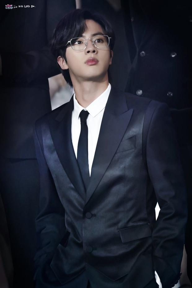 BXH 30 nam idol nổi tiếng nhất hiện nay: EXO, BIGBANG mất hút khỏi top 10, 7 thành viên BTS chiến nội bộ giành No.1 - Ảnh 6.