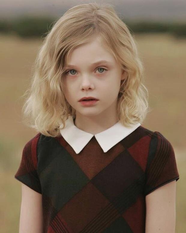 Dàn thiên thần Hollywood có khuôn mặt đẹp vô thực: Con gái Bella - Edward và cô bé xinh nhất thế giới dậy thì ra sao? - Ảnh 1.