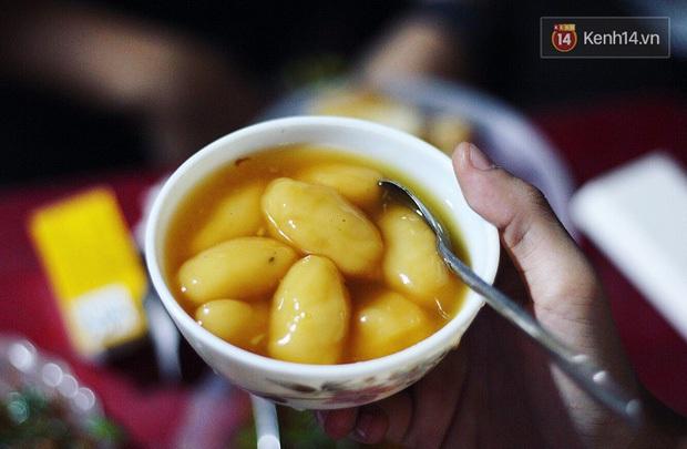 Có một loại bánh đặc sản ở Việt Nam khiến bao người nhầm lẫn vì tưởng là bánh trôi nhưng không phải - Ảnh 4.