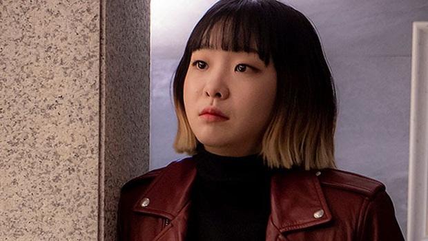 4 tạo hình gây tranh cãi trên phim châu Á thiếu sao được kiểu tóc lộ má bánh bao của điên nữ Kim Da Mi - Ảnh 5.