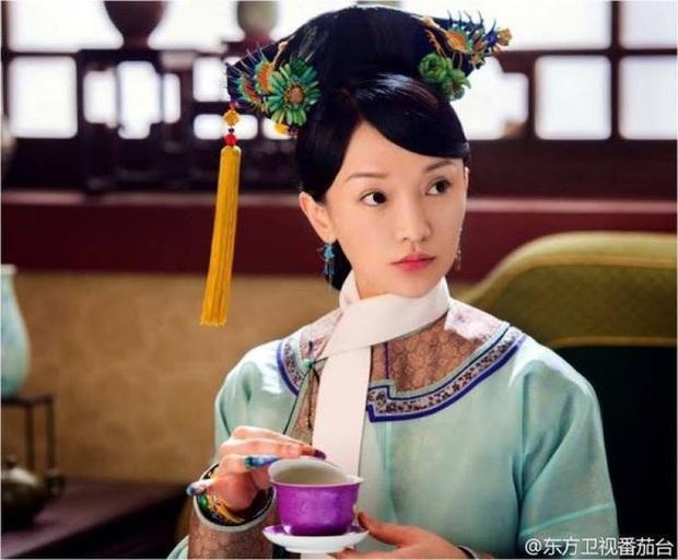 4 tạo hình gây tranh cãi trên phim châu Á thiếu sao được kiểu tóc lộ má bánh bao của điên nữ Kim Da Mi - Ảnh 14.