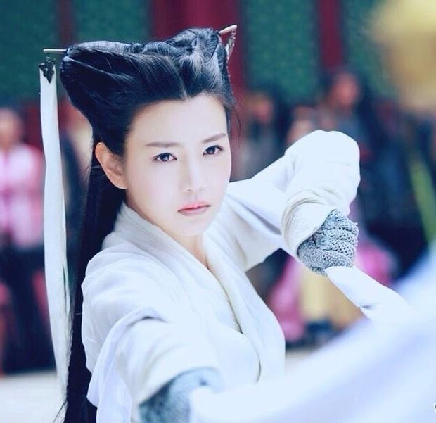 4 tạo hình gây tranh cãi trên phim châu Á thiếu sao được kiểu tóc lộ má bánh bao của điên nữ Kim Da Mi - Ảnh 15.