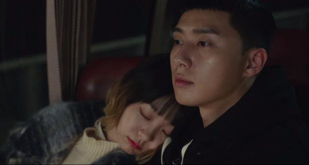 Review Tầng Lớp Itaewon: Chuyện nhiệt huyết tuổi trẻ lẽ ra còn hay ho hơn thế, phim mê bẻ lái bẻ luôn cả Park Seo Joon - Ảnh 6.