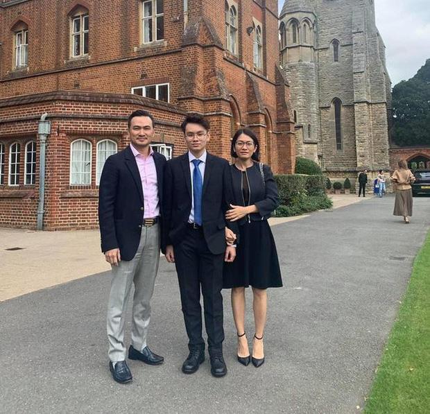 Trường học ở Anh đóng cửa, con trai diễn viên Chi Bảo về nước và đến thẳng khu cách ly - Ảnh 1.