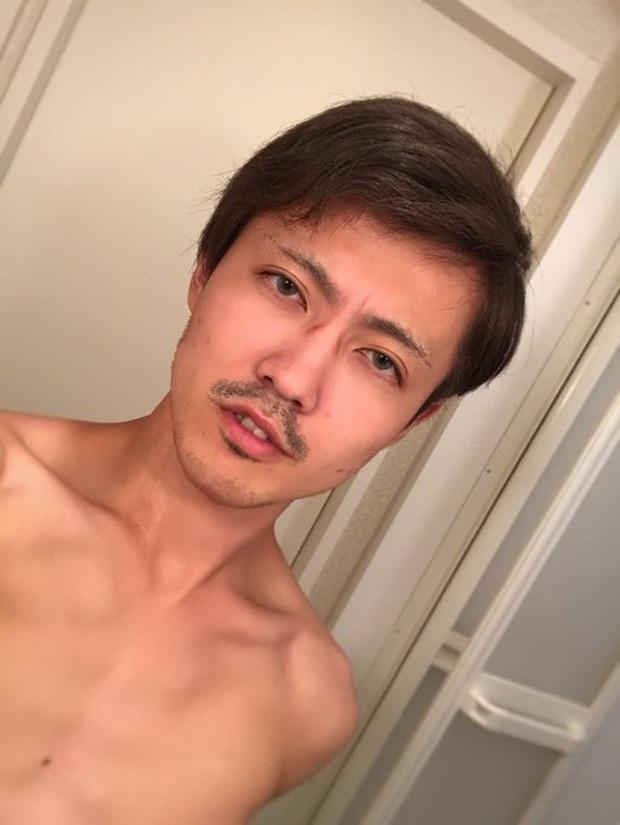 Hot face Nhật khiến fan shock nặng khi để lộ gương mặt khi chưa trang điểm: Đỉnh cao sống ảo là đây ư? - Ảnh 3.