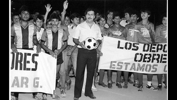 Chuyện chưa kể về Maradona và trận đấu trong nhà tù dát vàng của trùm ma túy giàu nhất lịch sử thế giới - Ảnh 1.
