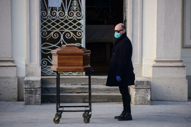 Italy tăng gần 800 người thiệt mạng vì nhiễm Covid-19, cả nước tổng cộng có hơn 4.800 người tử vong - Ảnh 2.