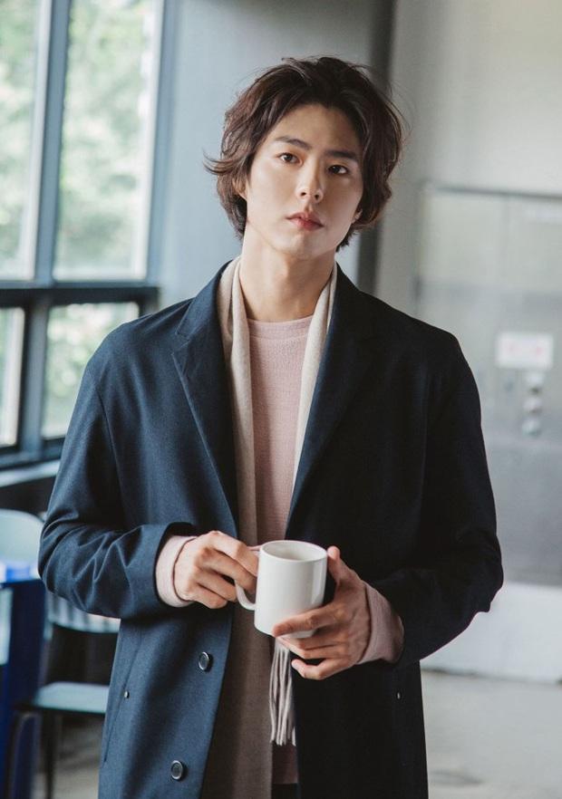 Sao Hàn thẳng thừng từ chối SM: Jisoo (BLACKPINK) không muốn phản bội YG, Jin (BTS) và Sehun (EXO) đều tưởng bị lừa đảo nhưng kết cục lại khác nhau - Ảnh 18.
