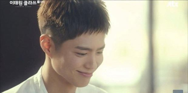 Park Bo Gum gây nổ MXH với màn lộ diện ở tập cuối Itaewon Class, mái tóc ngắn chiếm spotlight vì ẩn ý đằng sau đó? - Ảnh 6.