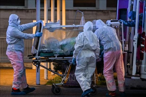 Italy phát hiện các ca bệnh viêm phổi lạ trước khi dịch COVID-19 bùng phát tại Trung Quốc - Ảnh 1.