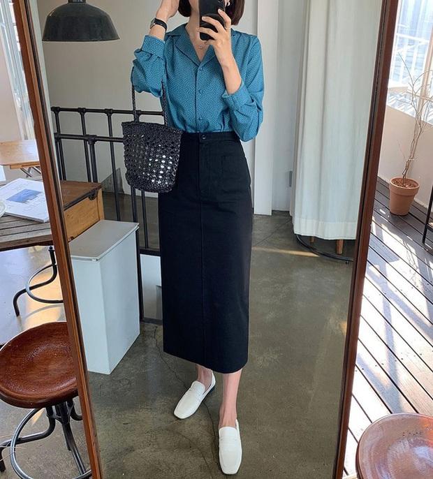 Chân váy đen dễ mặc mà cũng dễ nhạt, nhưng bạn áp dụng loạt ý tưởng sau thì xịn đẹp phải biết - Ảnh 11.