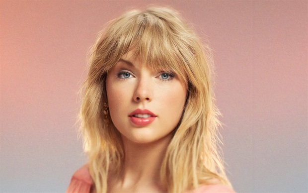 Taylor Swift và 4 năm thoát khỏi drama tai tiếng: Sự nghiệp tưởng bị nhấn chìm, trái lại càng thăng hoa với loạt kỷ lục chỉ Miss Americana mới làm được - Ảnh 9.