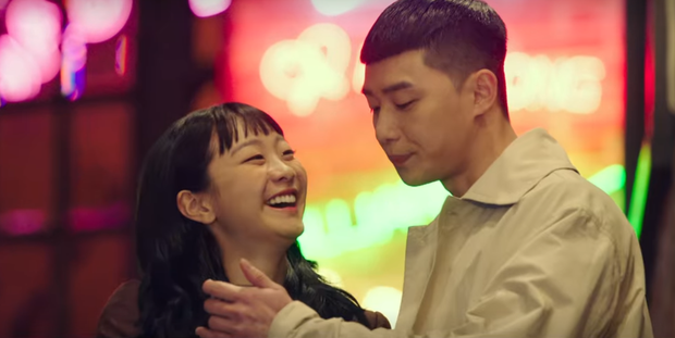 7 cảnh đã mắt nhất Tầng Lớp Itaewon tập cuối: Park Seo Joon cuồng hôn điên nữ chưa sướng bằng màn trả nghiệp của lão Jang - Ảnh 13.
