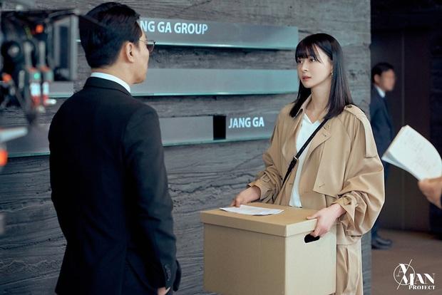 Bộ ảnh nữ phụ gây tranh cãi nhất Itaewon Class ở tập cuối: Visual bị ém bao lâu nay đã bung xoã, sống mũi như muốn đòi mạng fan - Ảnh 12.