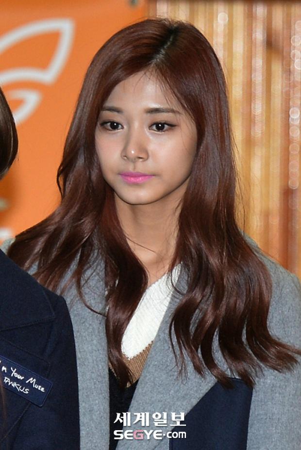 Đã qua lâu nhưng chuyện 5 nữ thần bị thợ makeup đánh toang nhan sắc vẫn khiến netizen Hàn cay cú không nguôi - Ảnh 2.
