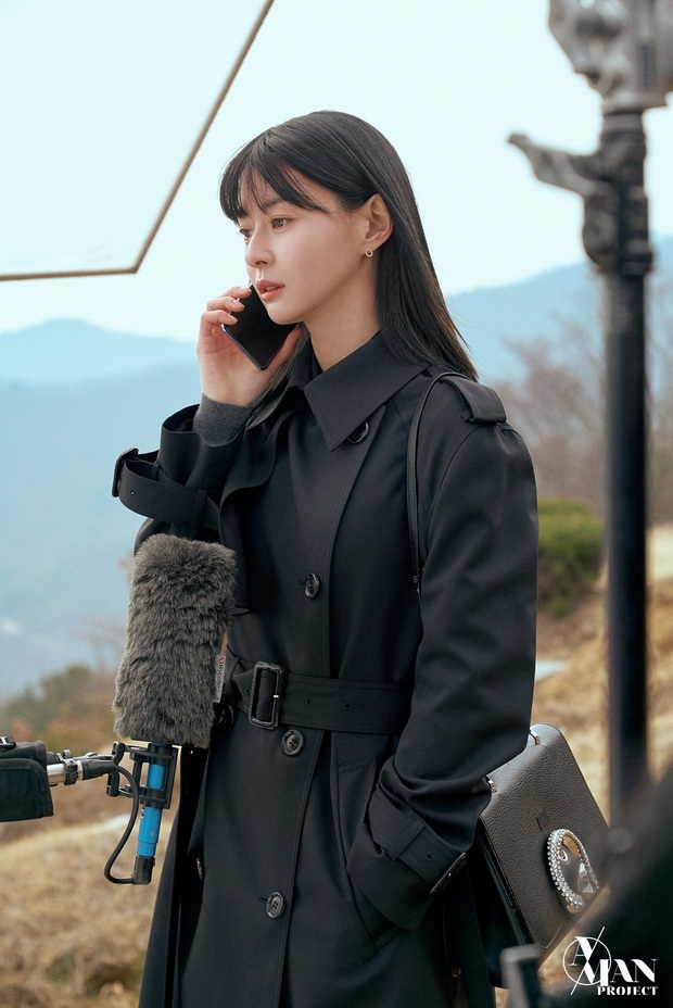 Bộ ảnh nữ phụ gây tranh cãi nhất Itaewon Class ở tập cuối: Visual bị ém bao lâu nay đã bung xoã, sống mũi như muốn đòi mạng fan - Ảnh 11.